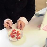 苺サンタづくりjpg